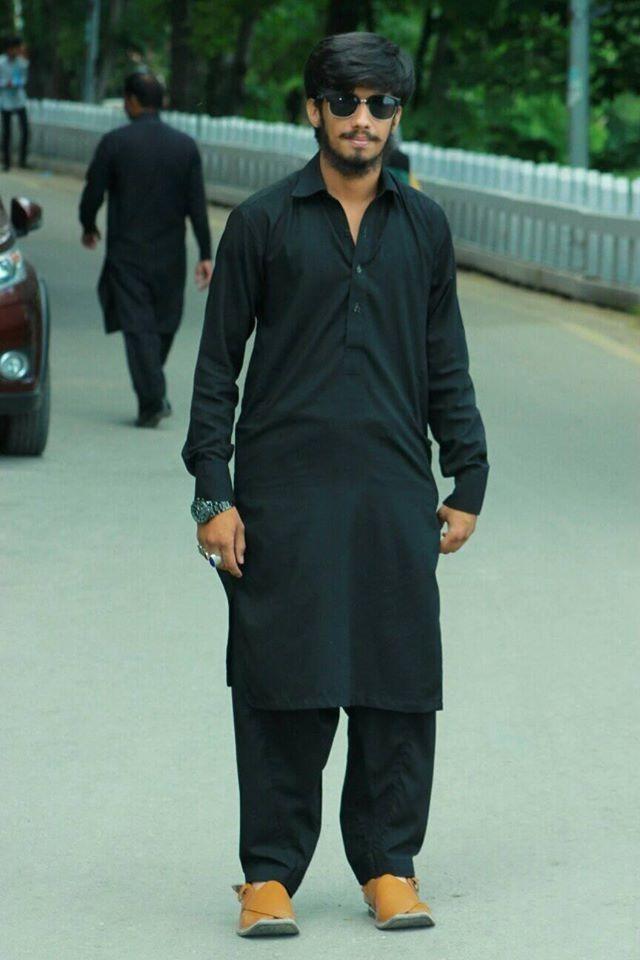 CEO of Shopping Bazaar - online shopping store Pakistan.